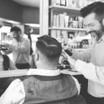Photographe d'entreprise: Garçon Coiffeur, Barbier de Saint Nazaire