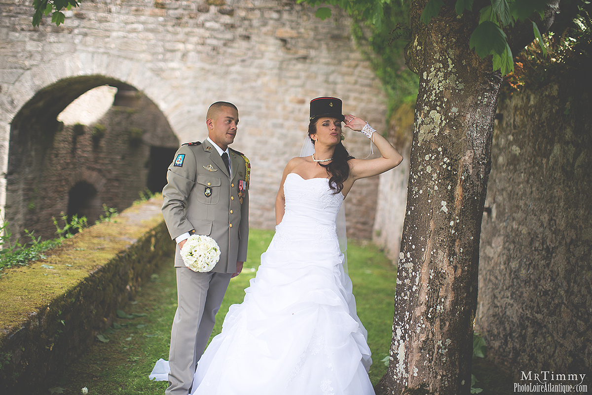 mariage militaire photo de couple fun