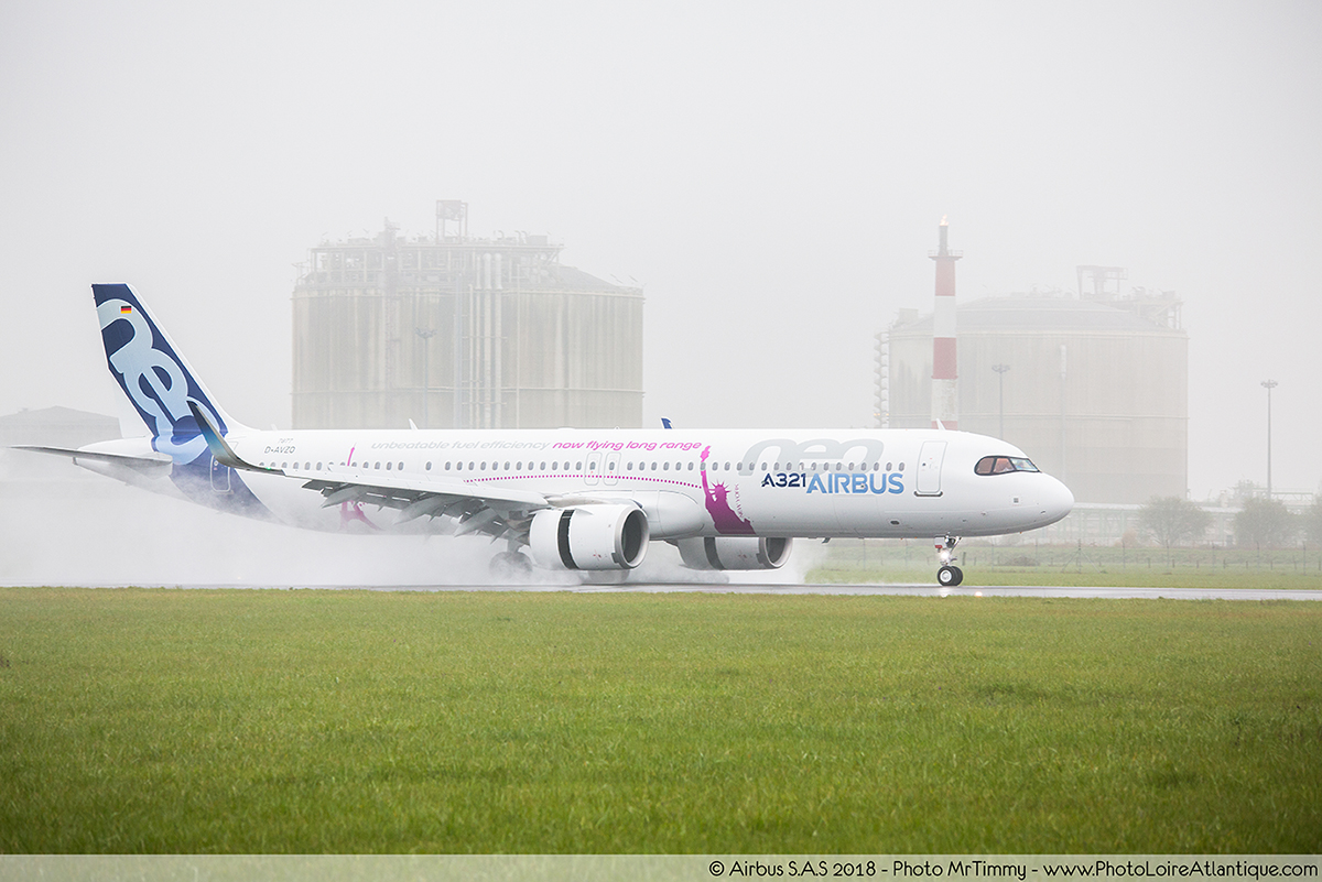 A321_airbus_saint_nazaire_photographe_corporate_entreprise_mrtimmy_atterrisage