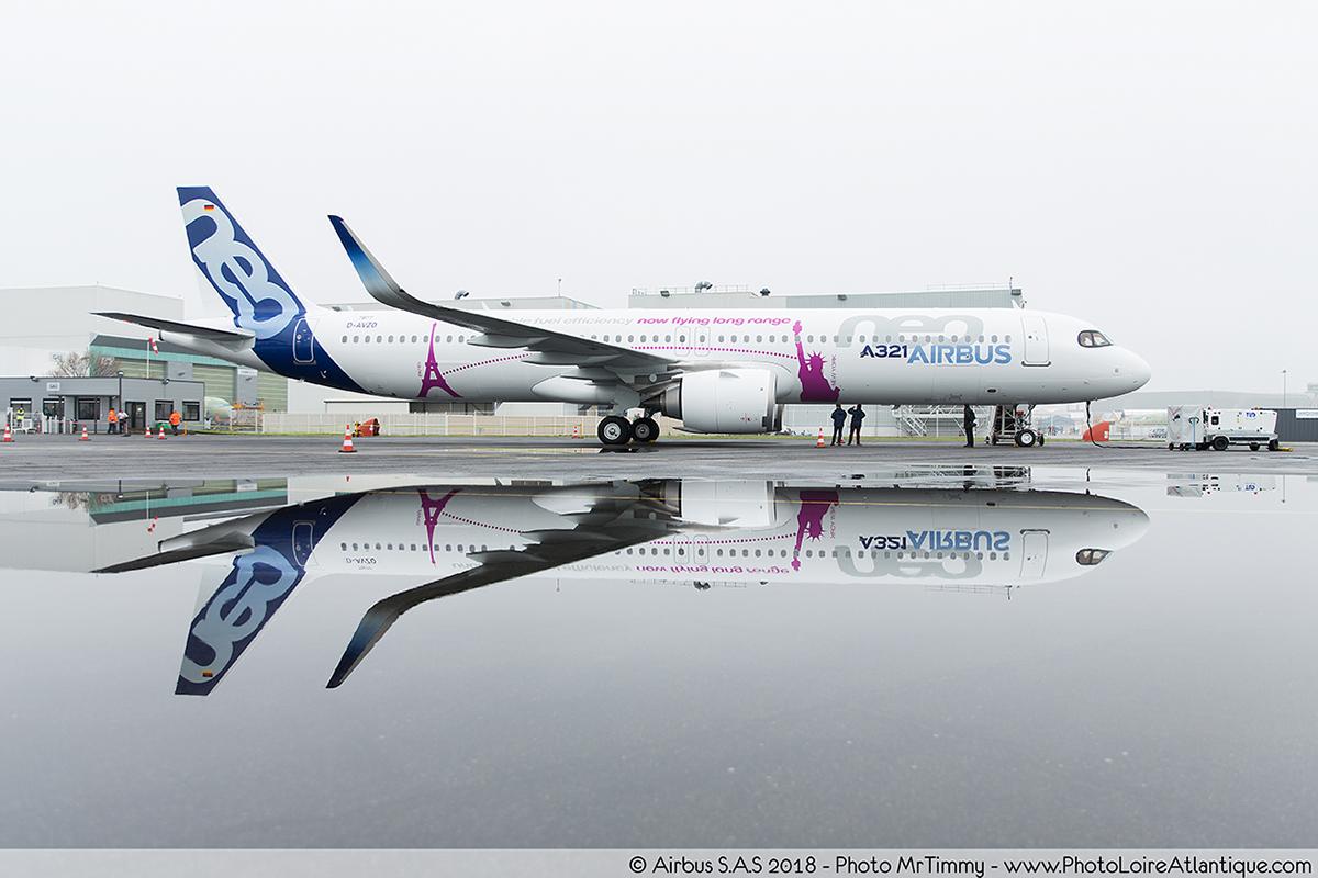 A321_airbus_saint_nazaire_photographe_corporate_entreprise_mrtimmy_stationnement_effet_mirroir